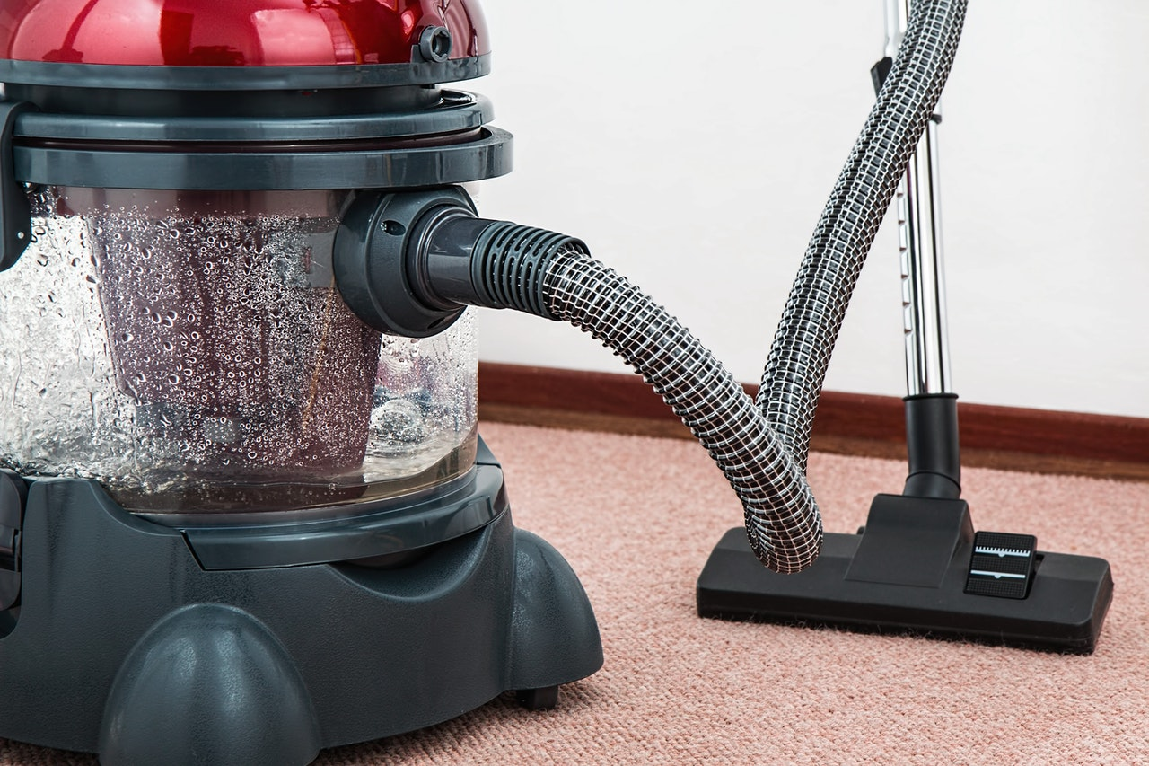 Water Carpet Cleaner